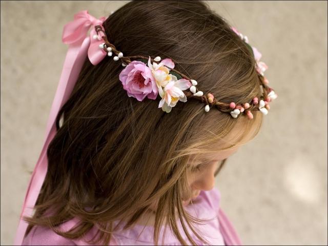 accessoires-coiffure-couronne-de-fleurs-et-baies-enfant-1609233-nuage-colore-co-1-1-7ec5d_big