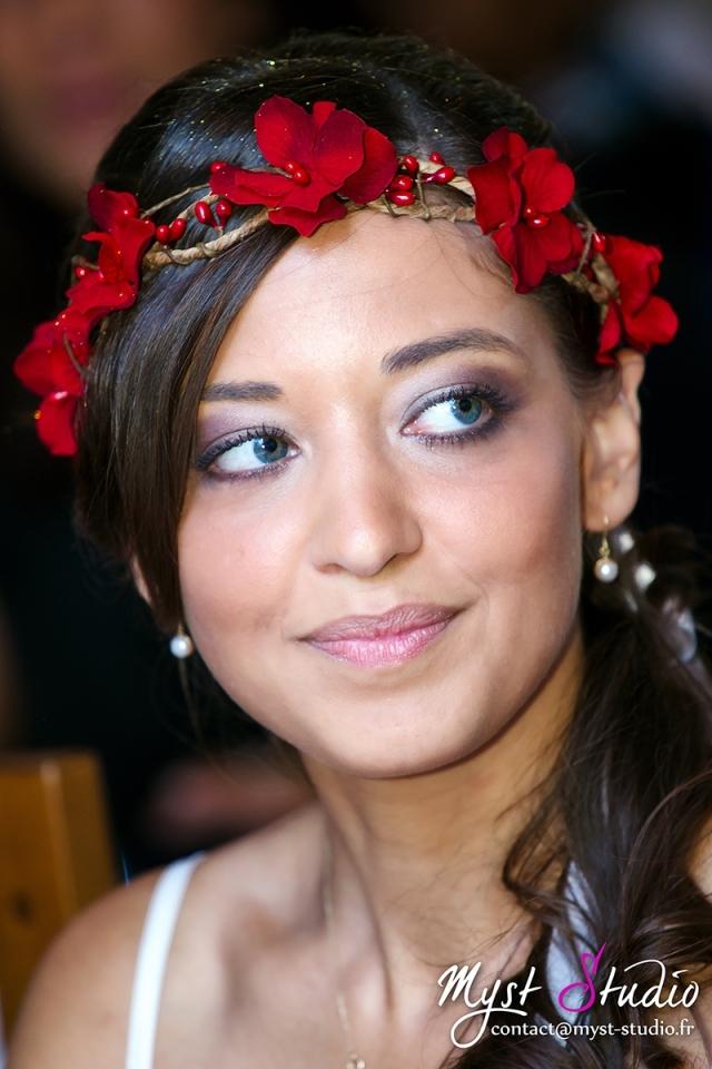 accessoires-coiffure-couronne-de-fleurs-hortensia-rouge-1789285--mg-0316-1c8cc_big